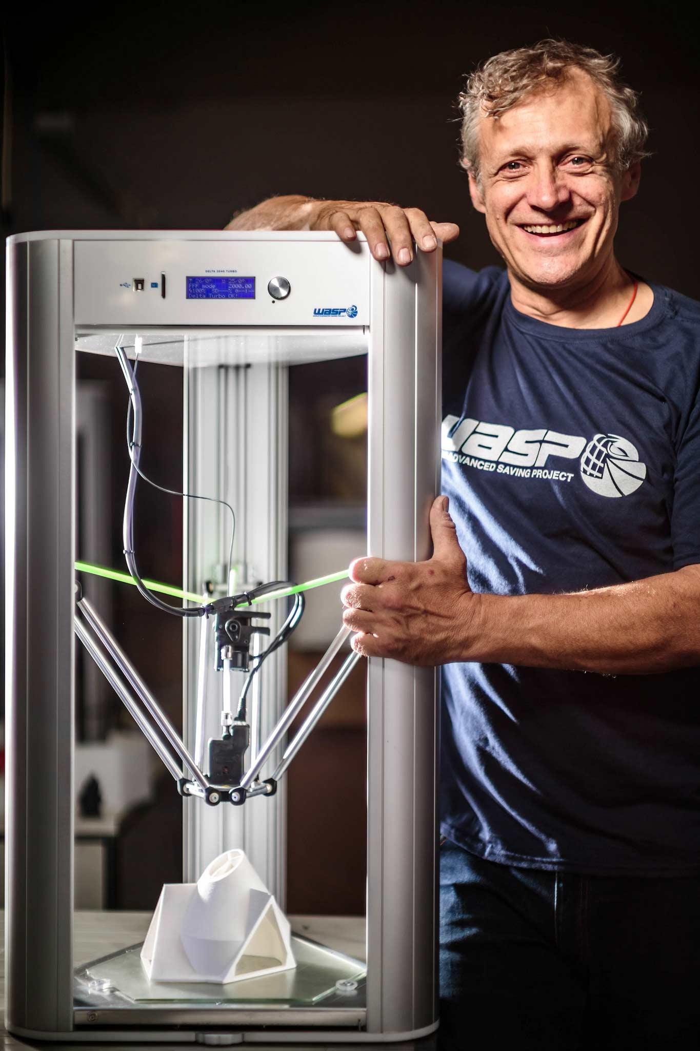 Massimo Moretti con Delta WASP 2040
