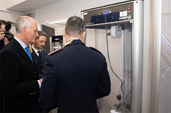 Visita al laboratorio del Capo della Polizia  di Stato Franco Gabrielli