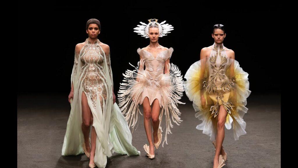 Iris Van Herpen fashion runway