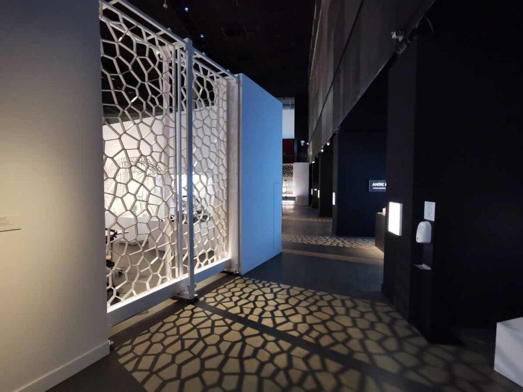 3d printed art wall at Cosmocaixa museum in Barcelona